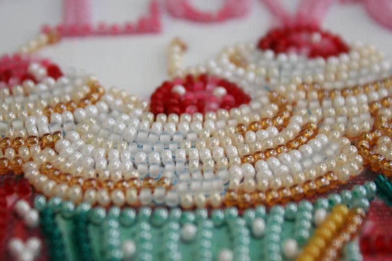 Buy Midi Bead embroidery kit - Baking from the Heart-AMB-003_1